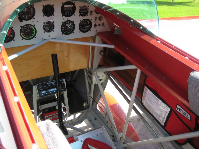 Right cockpit.jpg